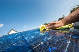 How to Clean Solar Panels on Roof Jacksonville
