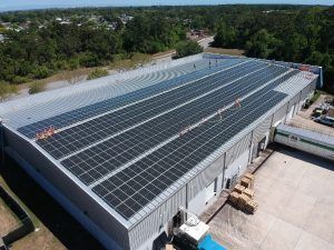 can solar panels go on a flat roof